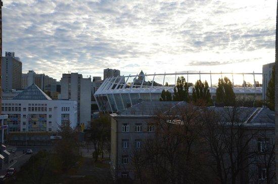 Dream Story Hostel : Вид из номера на Олимпийский