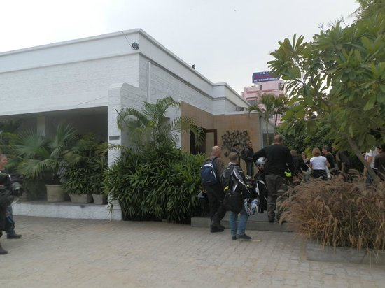 Devraj Niwas (Stay Well Planted) : Front hotel near receiption