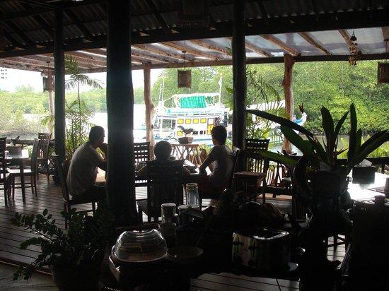 """The Mangrove Hideaway Koh Chang: Grands """"petits déjeuners"""""""