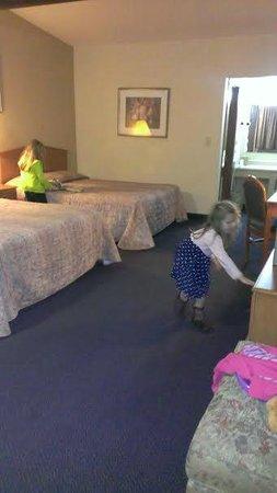GuestHouse Aberdeen Inn: Non-smoking, 2-bed room