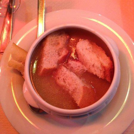 Le Latin : луковый суп - прекрасен!