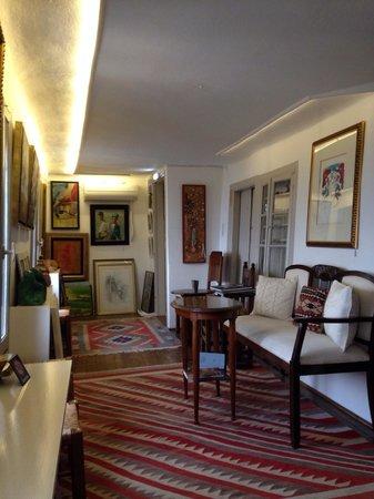 Paschalis Art House : Επάνω όροφος