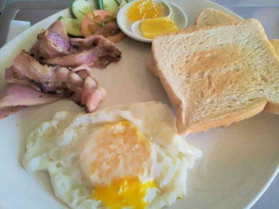 Boracay Water World Resort : Western breakfast