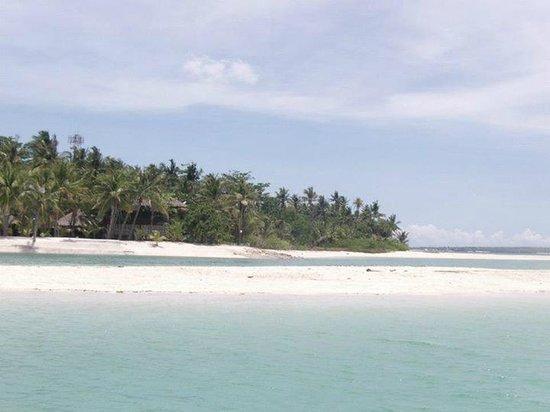 Sugar Beach Resort Bantayan: beach 1 - on a pump boat
