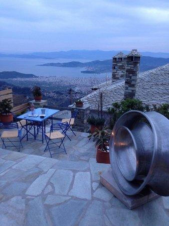 Paschalis Art House : Θέα απο τη βεράντα