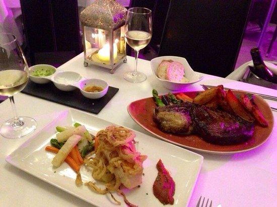Restaurant Ses Oliveres: Chuleton de Angus i Negrito con cebolla