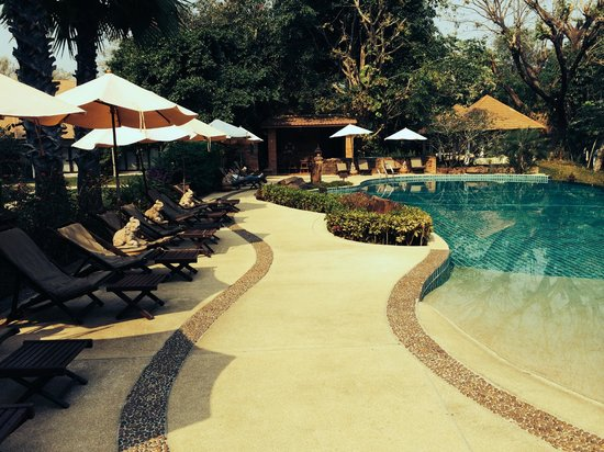 The Legend Chiang Rai : Great large infinity pool