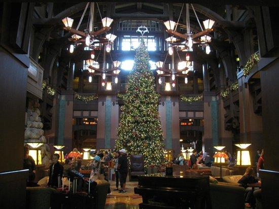 Disney's Grand Californian Hotel & Spa: ロビー
