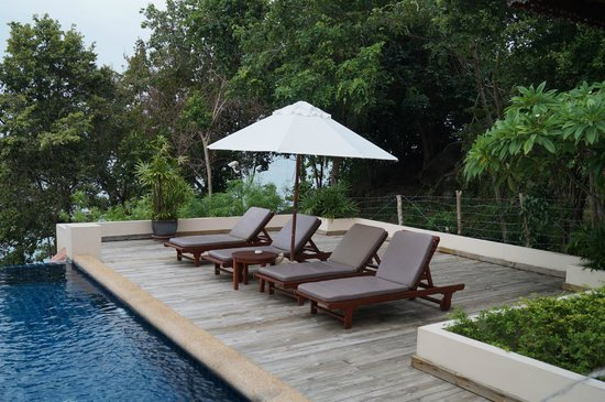 Q Signature Samui Beach Resort : Private Sun Deck
