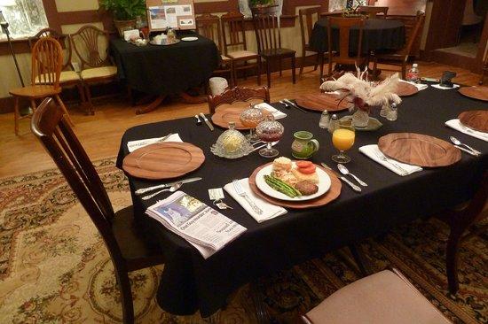 Hotel Matador Bed and Breakfast: So edel geht´s beim Frühstück zu!
