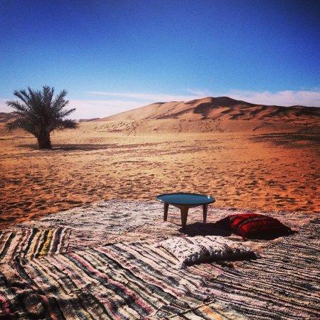 Riad Madu: Jaimas en el desierto para pasar la noche a la luz de las estrellas