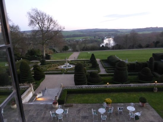 Danesfield House Hotel And Spa: Fabulous view from our room