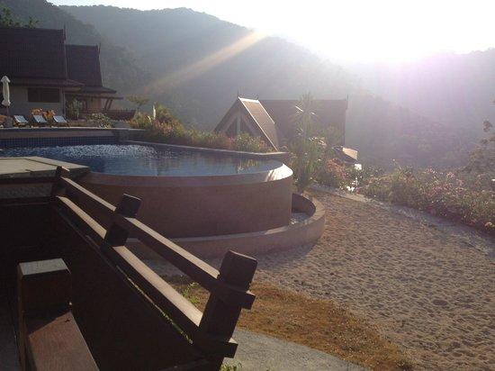 Baan KanTiang See Villa Resort (2 bedroom villas): swimming pool