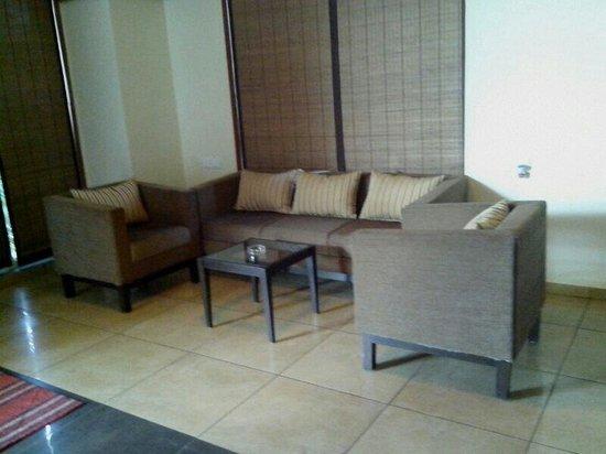 Wonderland Resort: Super deluxe sitting area