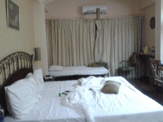 Hotel Gurukripa : Nice room
