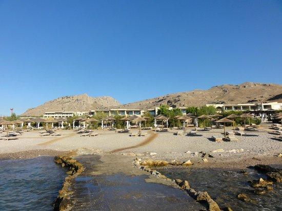 AquaGrand Exclusive Deluxe Resort: Vy mot hotellområdet från stranden