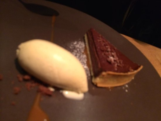 Cotte Roti: Tarte Poire Chocolat