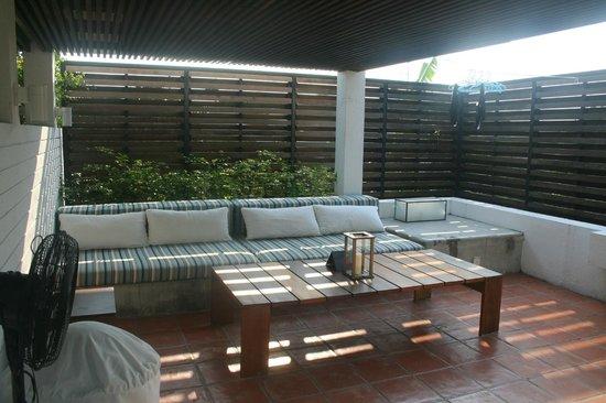 Putahracsa Hua Hin: Terrasse Sansky Villa