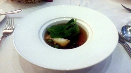 Zuni Restaurant and Wine Bar: Lobster and spinach soup
