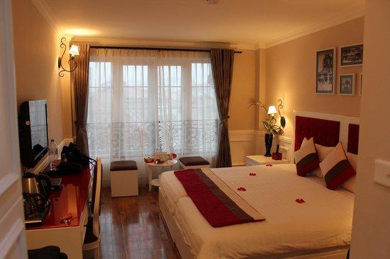 Calypso Suites Hotel: room 2