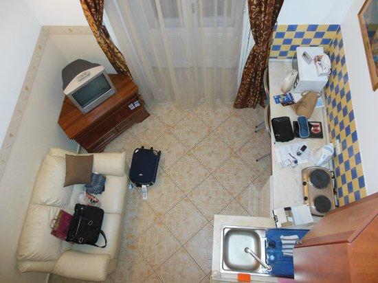 Budapest Best Apartments: 2階ベッドルームより撮影