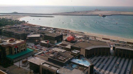 Sofitel Dubai Jumeirah Beach: View from balcony towards 'The Walk' construction site