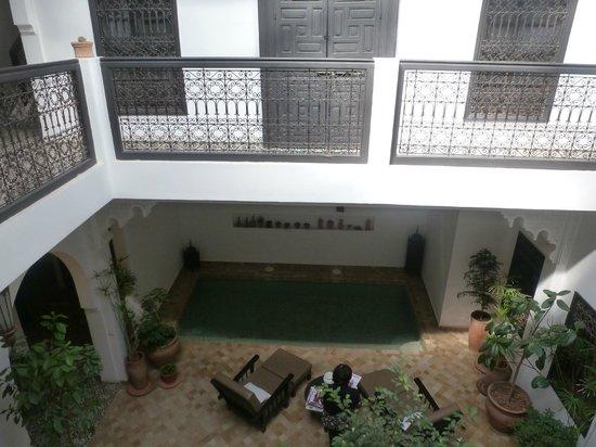 Riad Danka : Le patio avec la piscine