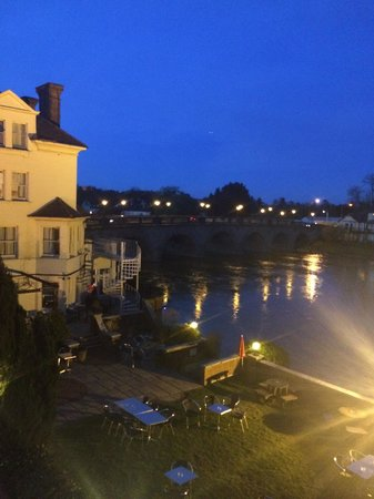 The Thames Riviera Hotel: view from our room