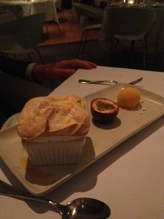Rickys River Bar + Restaurant : Passionfruit soufflé, specialty of the house
