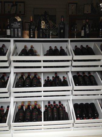 Church Road Winery Cellar Door & Restaurant: 店内の様子2