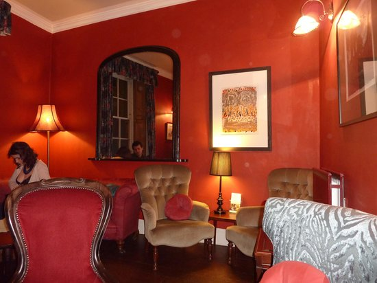 Quince & Medlar: General view of the lounge