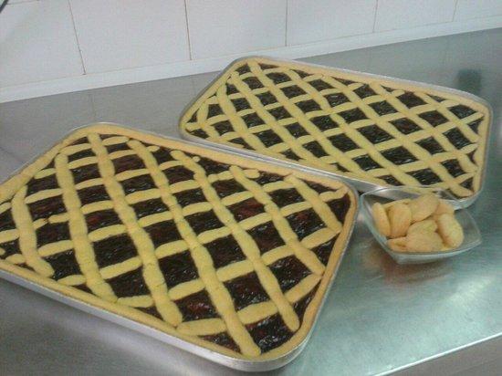 Trattoria dell'Amicizia : Crostata con marmellata d'uva