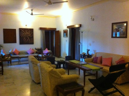 Girisadan Homestay: Living room on 2nd floor