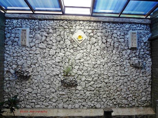 Bali Taman Resort & Spa: ruang belakang kamar