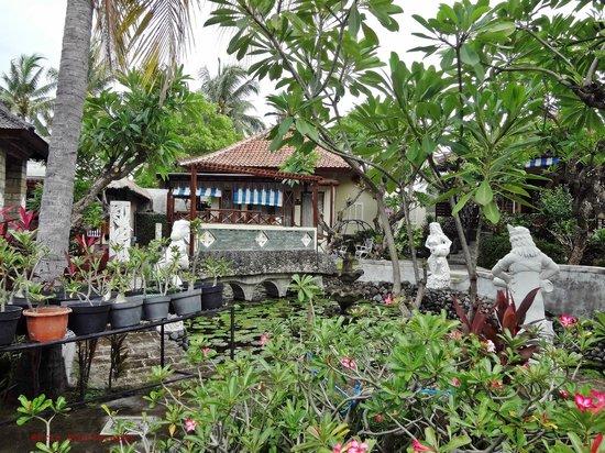 Bali Taman Resort & Spa: taman