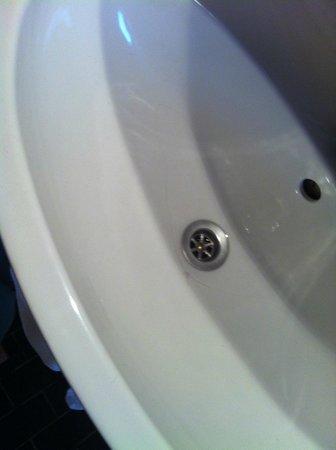 Pension Lechner: gebrochenes Waschbecken