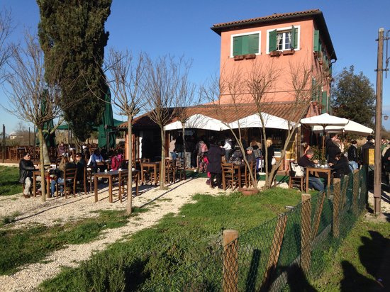 Torcello, Italia: Taverna Tipica Veneziana