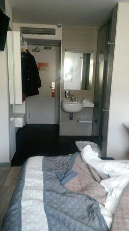 Hotel Bed4u Pamplona : Habitaciones