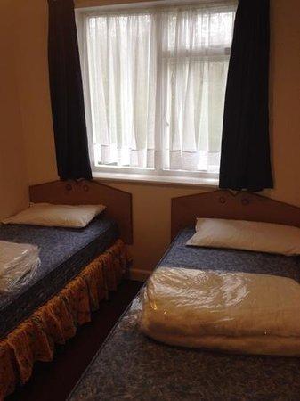 Ilfracombe Holiday Park : twin room