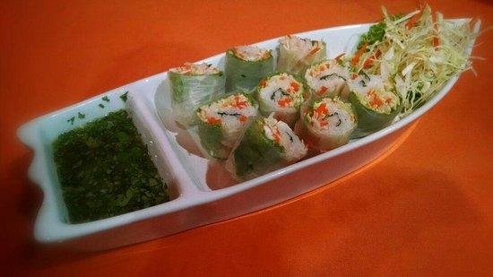 The Gallery Restaurant : Fresh spring rolls