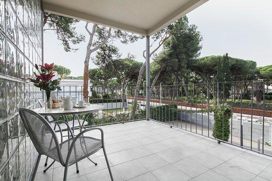 Apartamentos Porta Coeli : Terraza