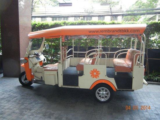 Rembrandt Hotel Bangkok: Hotel tuk-tuk