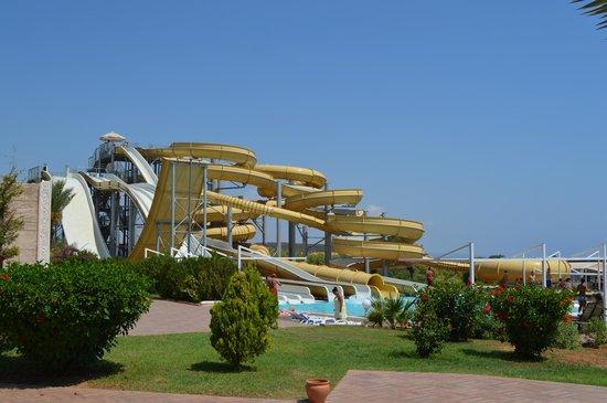 Kaya Artemis Resort and Casino: Water park