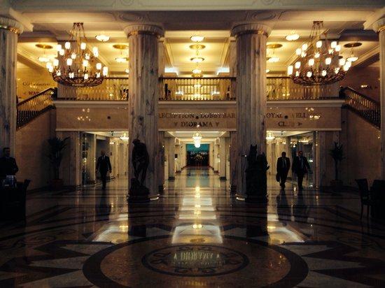 Radisson Royal Hotel Moscow : Beeindruckende Lobby