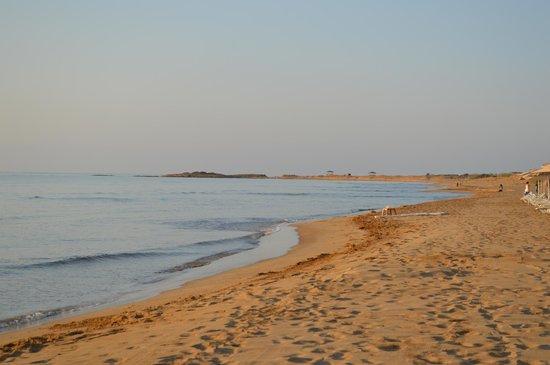 Kaya Artemis Resort and Casino: Sunrise on the beach