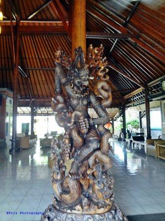 Bali Taman Resort & Spa: pintu masuk