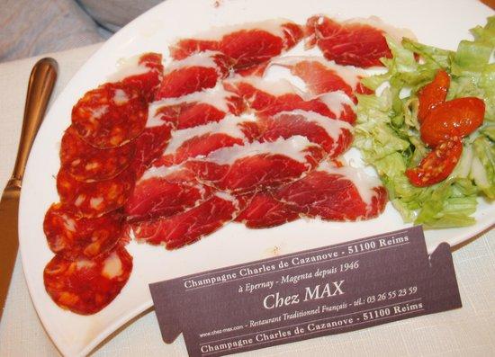 Restaurant Chez Max : pata negra Jambon iberico Délicieux !