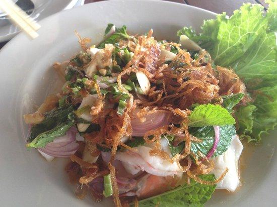 Sabienglae Restaurant: salad with shrimp