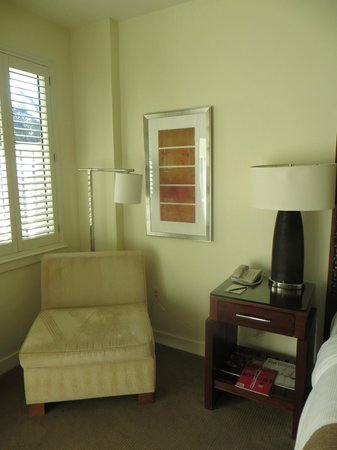 The Reach, A Waldorf Astoria Resort: Chair in the room