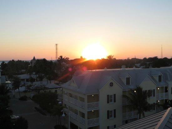 The Reach, A Waldorf Astoria Resort : Sunset view from rooftop deck